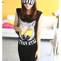 Sleevelessshortblackdress2_medium