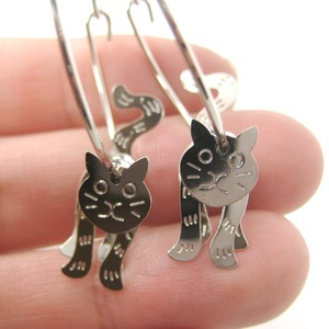 3D Kitty Cat Shaped Animal Dangle Hoop Earrings in Silver