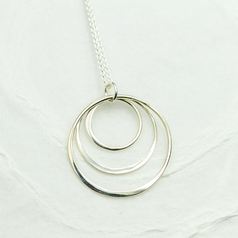 Triple circle necklace triple ring necklace eternity for Minimal art jewelry
