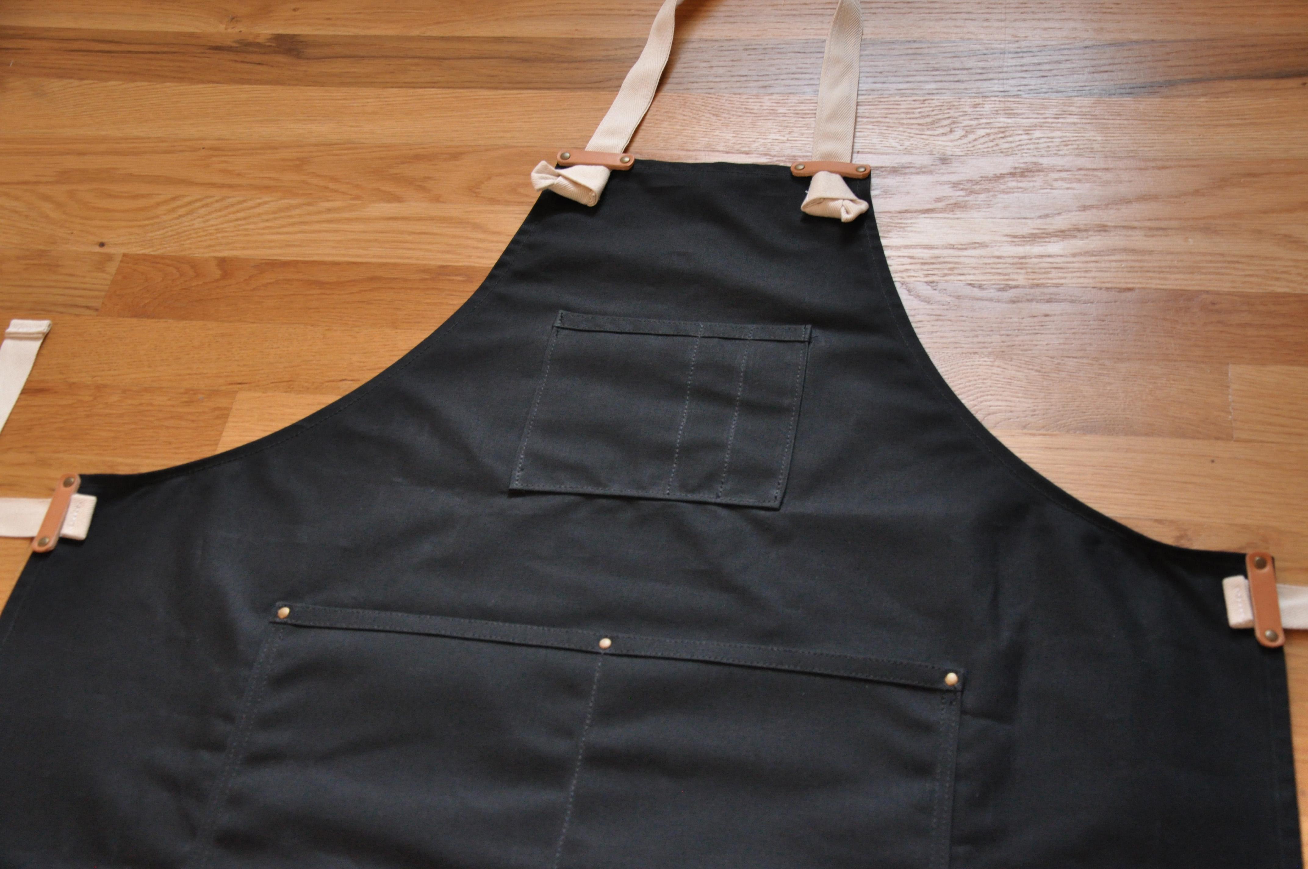 Black apron -  Apron Black Waxed Canvas Thumbnail 2