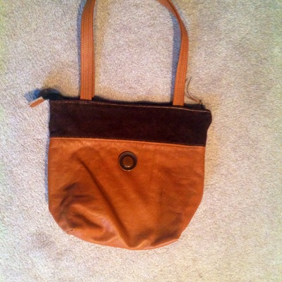 Honey brown leather handbag!