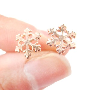 Small Snowflake Silhouette Shaped Classic Stud Earrings in Rose Gold