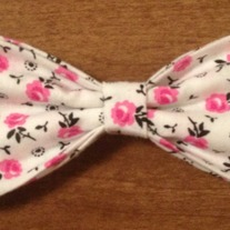White w/ pink flowers Bow