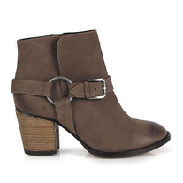 Betts Stirrup Boots 7