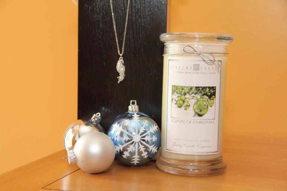 Jewelry in Candles Scents Scents of Christmas Jewelry