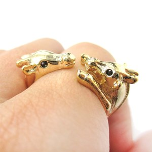 Mom and Baby Giraffe Animal Hug Wrap Ring in Shiny Gold | Sizes 5 to 9