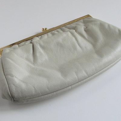 Vintage etra off-white leather clutch