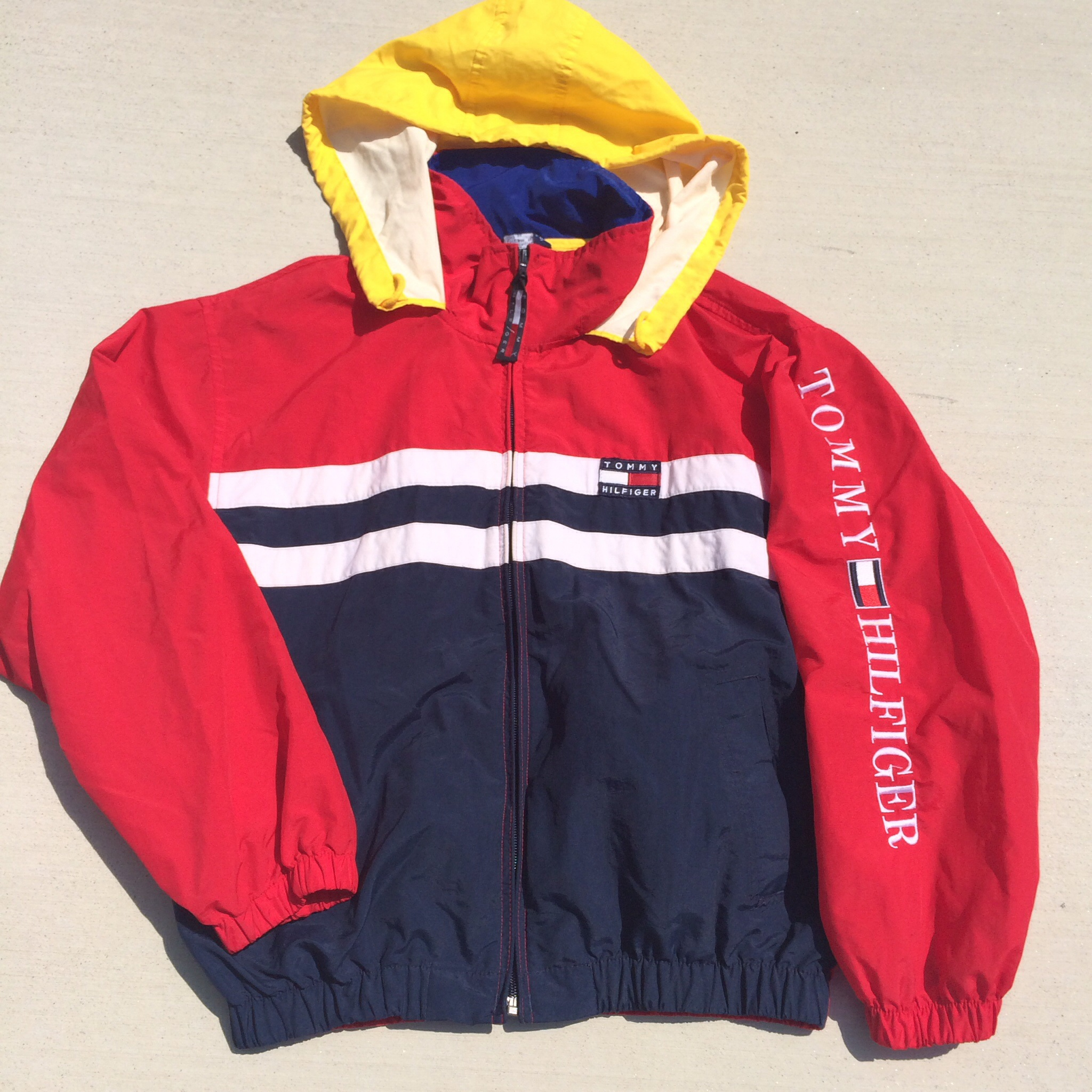 how to tell if original tommy hilfiger