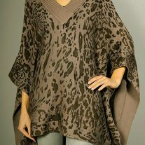 By Fumblin Leopard printed V-neck Pancho
