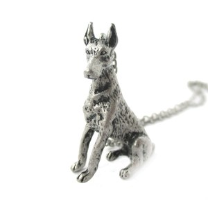 3D Realistic Doberman Pinscher Dog Breed Animal Charm Necklace in Silver