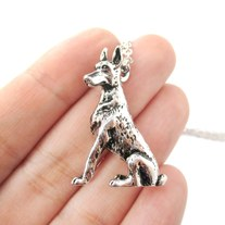 3D Detailed Doberman Pinscher Shaped Dog Lover Animal Charm Necklace in Shiny Silver for Women