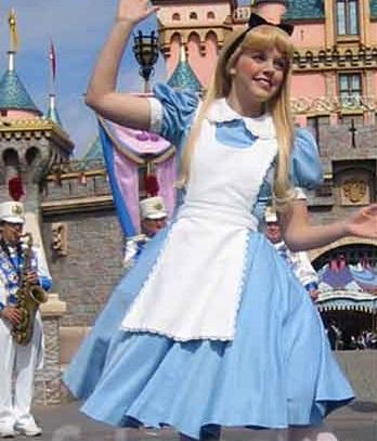 cosplay wonderland dress in Alice