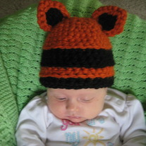 Tiger_and_kitty_hat_007_medium