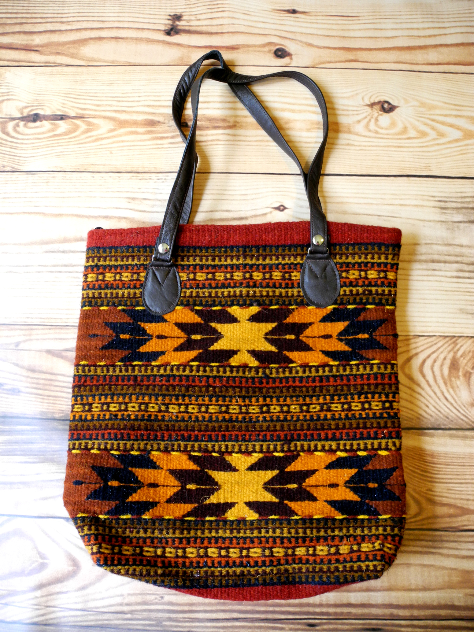 Hand Purse Patterns : ... Bag Orange Hand Woven Wool Shoulder Purse Aztec Diamond Pattern