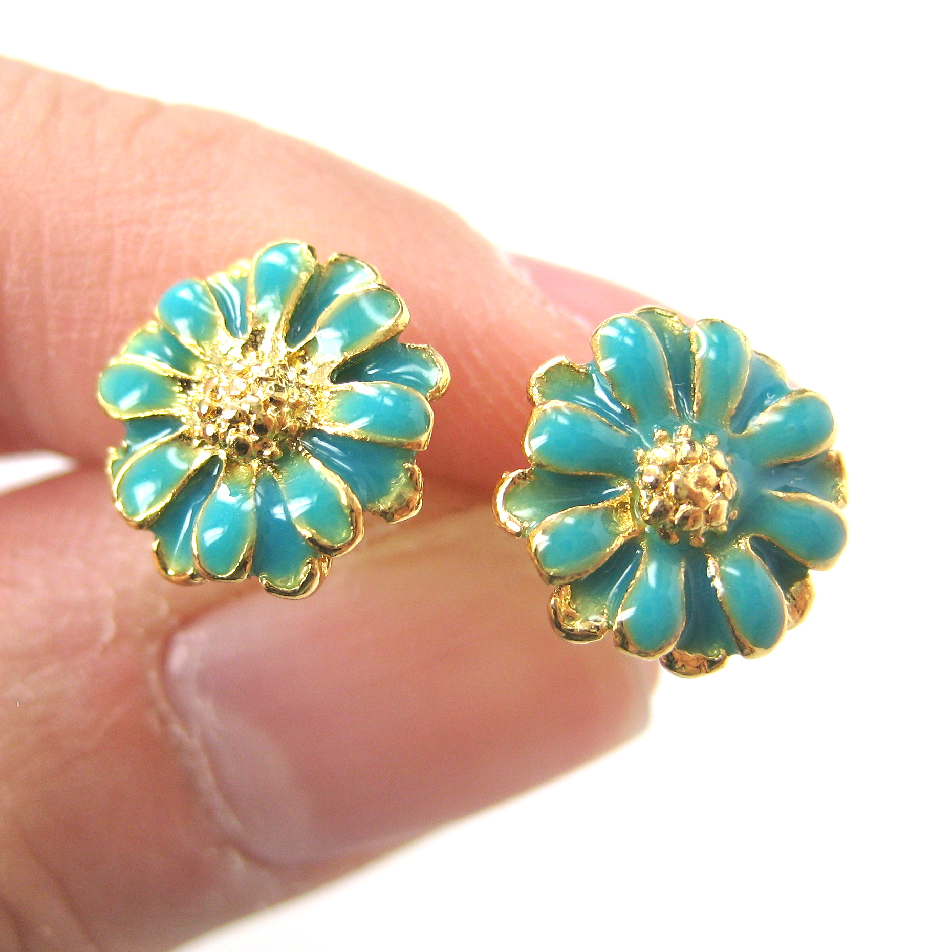 Small floral daisy sunflower flower stud earrings in for Gemsprouts tiny plant jewelry