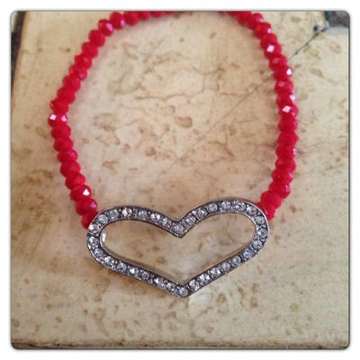 Rhinestone heart red or black bracelet