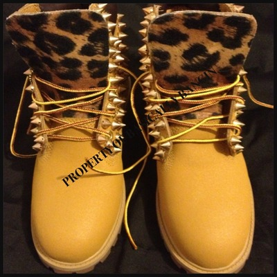 Wheat & leopard gold spiked timberlands (infants 0-3)