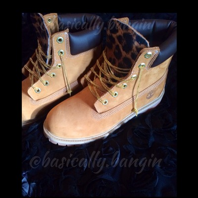 Chain laces/ leopard or snake tongue timberlands (big kids 3.5-6.5)