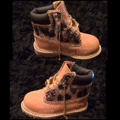 The chain reaction timberland [infants sizes 0-3]