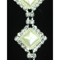Diamond Pearl and Sparkly Crystal Trim (chain backing) (yd)