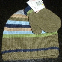 Green Stocking Hat and Mits-NEW-Toddler
