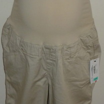 Khaki Shorts-NEW-Duo Maternity Size Medium  031417