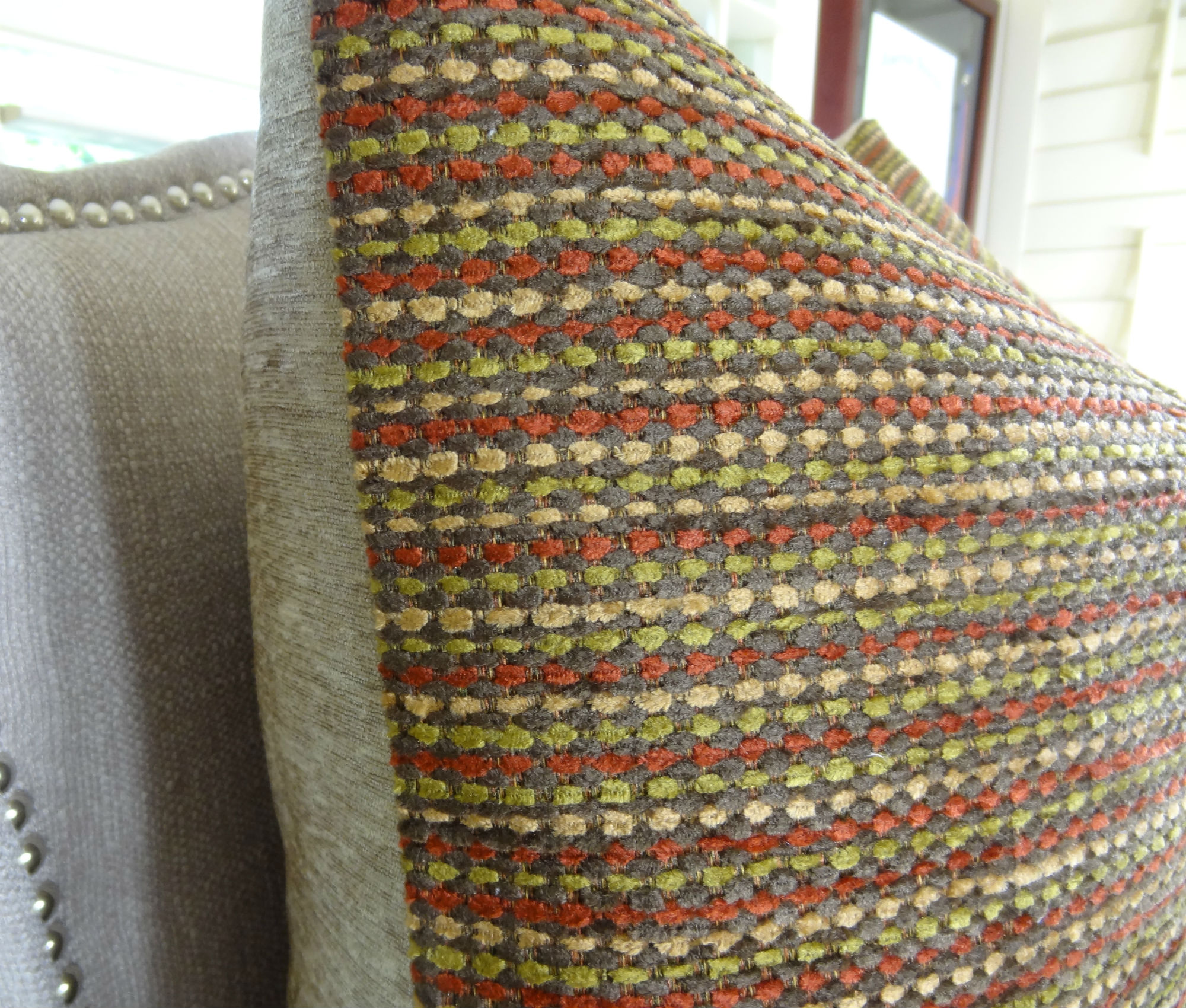 Red Tan And Brown Throw Pillows : 20
