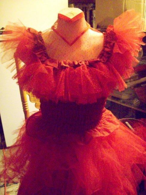 Beetlejuice costume red wedding dress lydia deetz custom for Lydia deetz wedding dress
