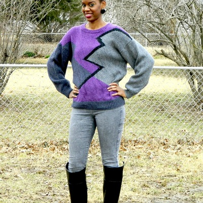 Abstract pattern grey, black and purple sweater