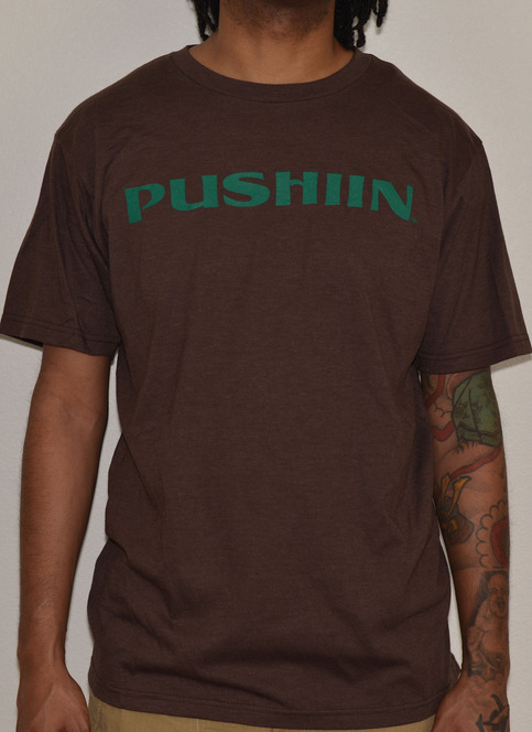 PUSHIIN LOGO T-SHIRT BROWN