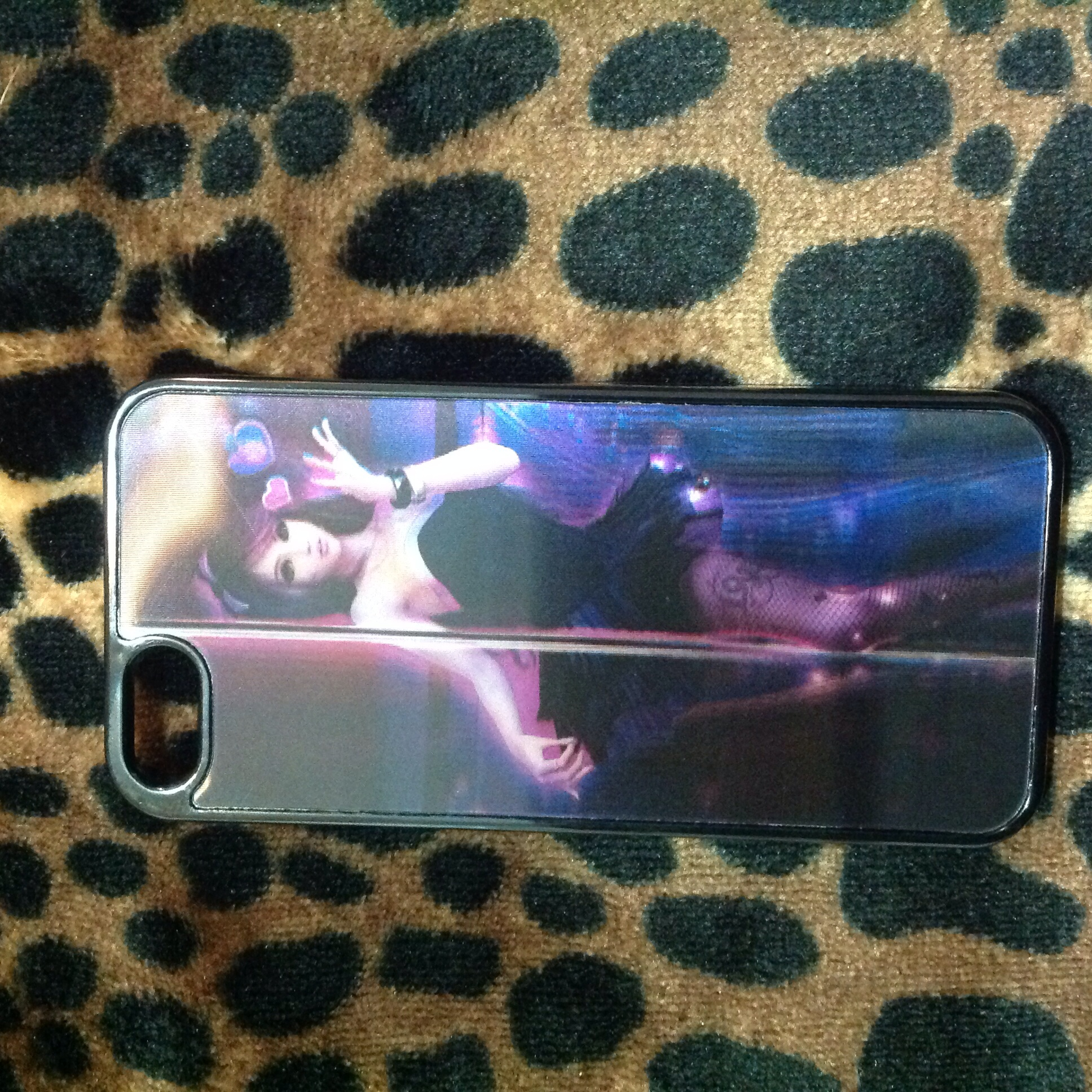 Stripper for ipod touch