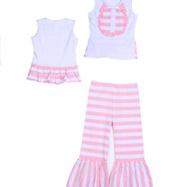 One Posh Kid Lola Ruffled Bib Set