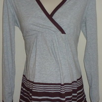 Gray/Burgundy Long Sleeve Shirt-Liz Lange Maternity Size Small  SF0413