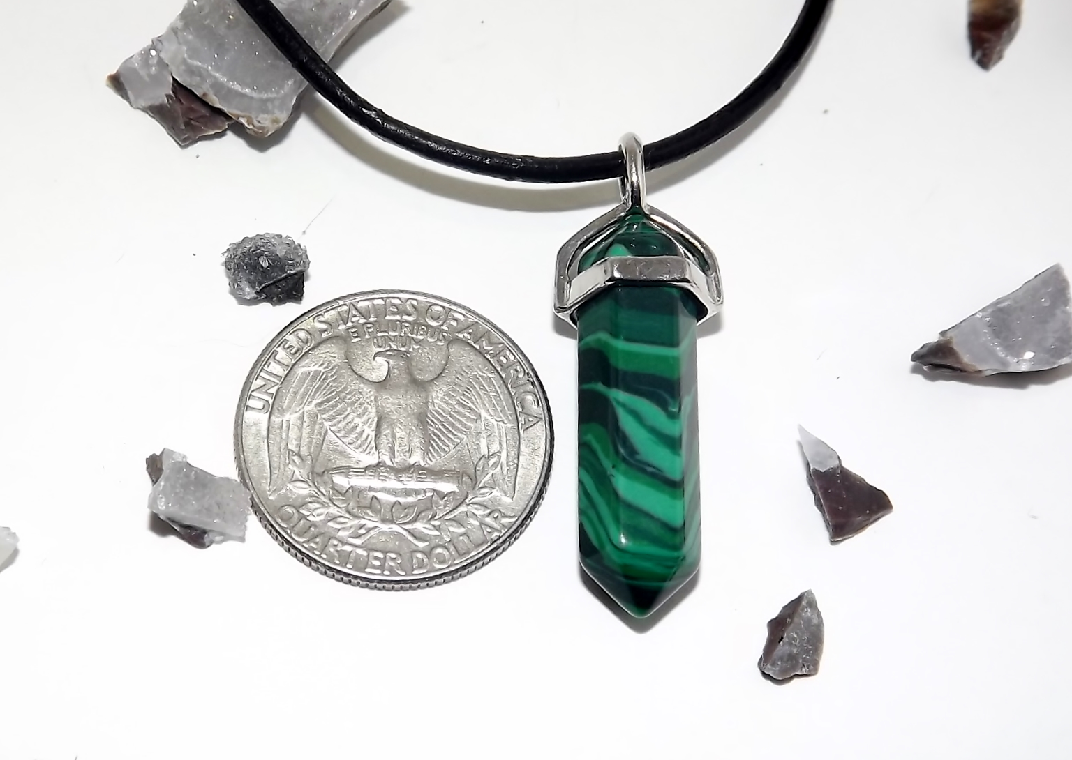 Malachite crystal necklace urban kitty co online store for Jewelry store dickinson nd