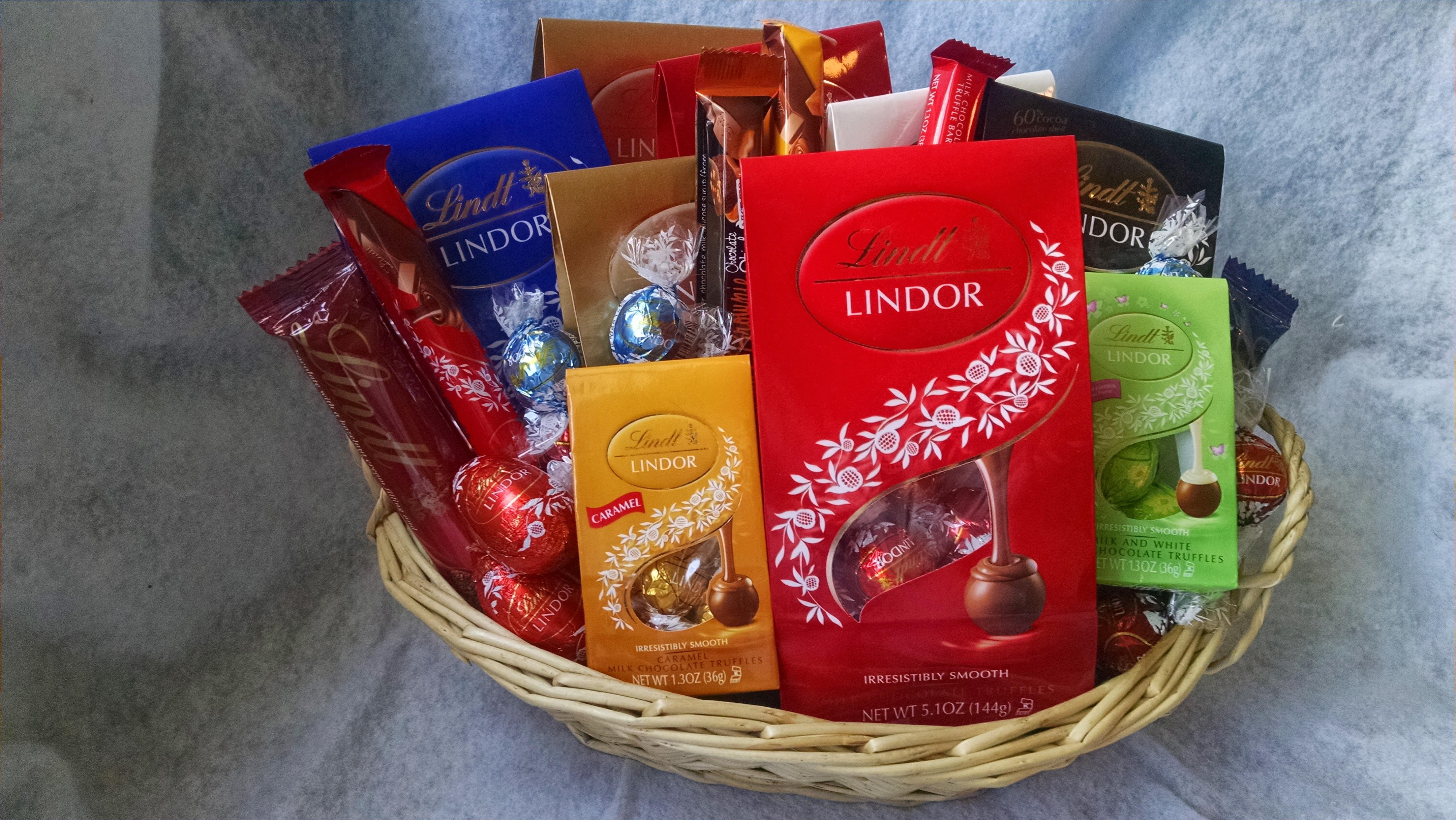 Connies creations lindt lindor chocolate gift basket online lindt lindor chocolate gift basket negle Choice Image