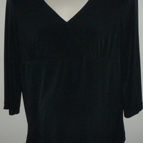 Black V Neck Top-Liz Lange Maternity Size Small CL413