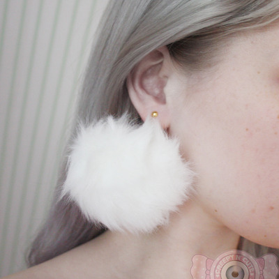 Big pompom earrings