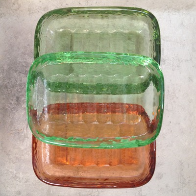 Glass cast soap dish
