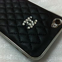 New Chic Bling Sparkle Black Sheep Leather Crystal Logo iPhone Case Cover
