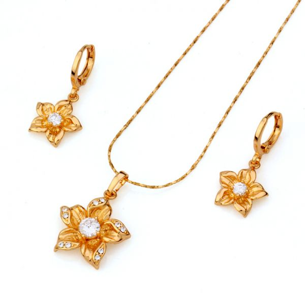 Beautiful Gold Flower Jewelry Set Gold Jewelry Gold Jewelry