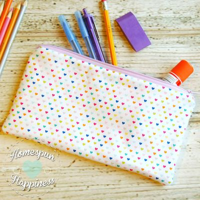 Pencil case - rainbow hearts