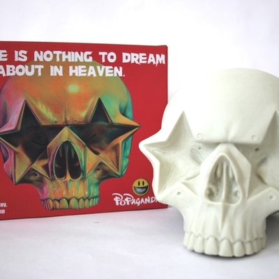 Star skull - by ron english
