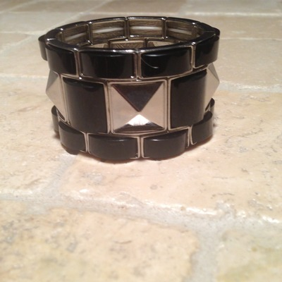 Pyramid stretch bracelet silver/black