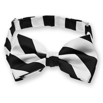 Black_20and_20white_20woven_20striped_20bow_20tie_medium