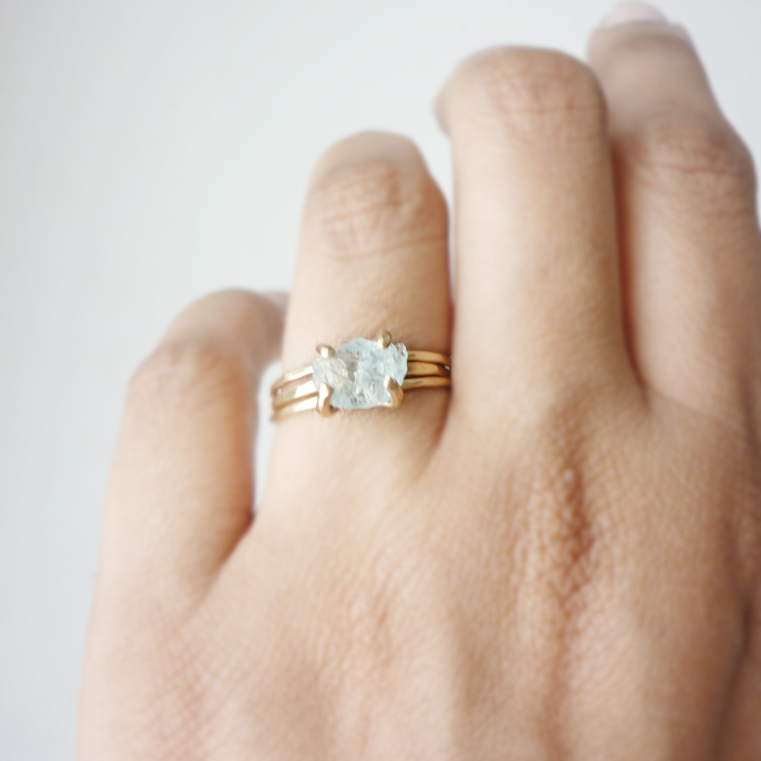white h webstore number category gold jewellery type aquamarine stone ring rings samuel product diamond l