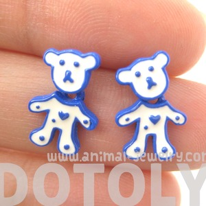 Cute Teddy Bear Animal Stud Earrings in White and Blue Enamel
