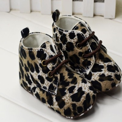 Baby leopard boots