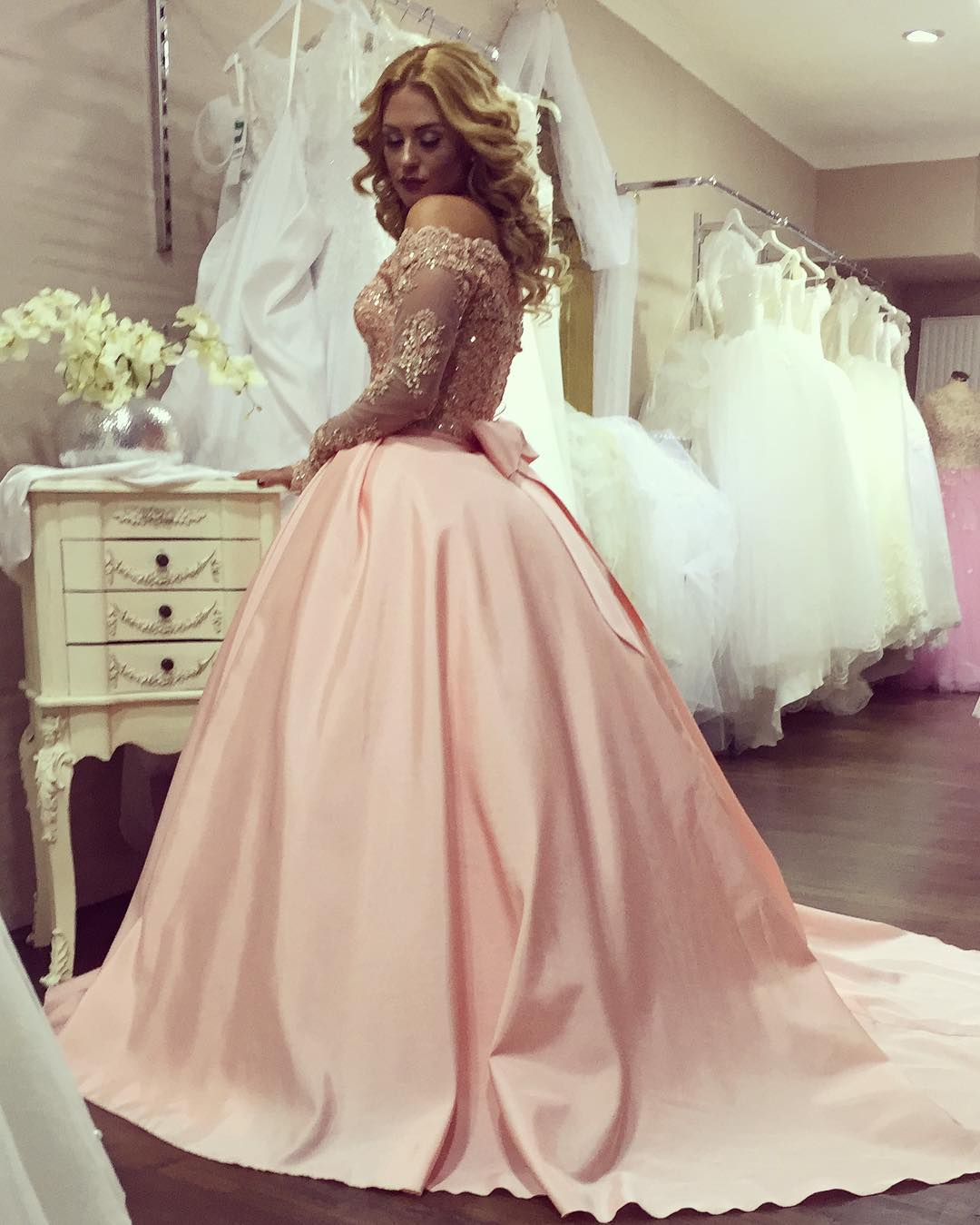 S230 New Arrival Round Neck Long Sleeves Pink Lace Wedding Dress ...