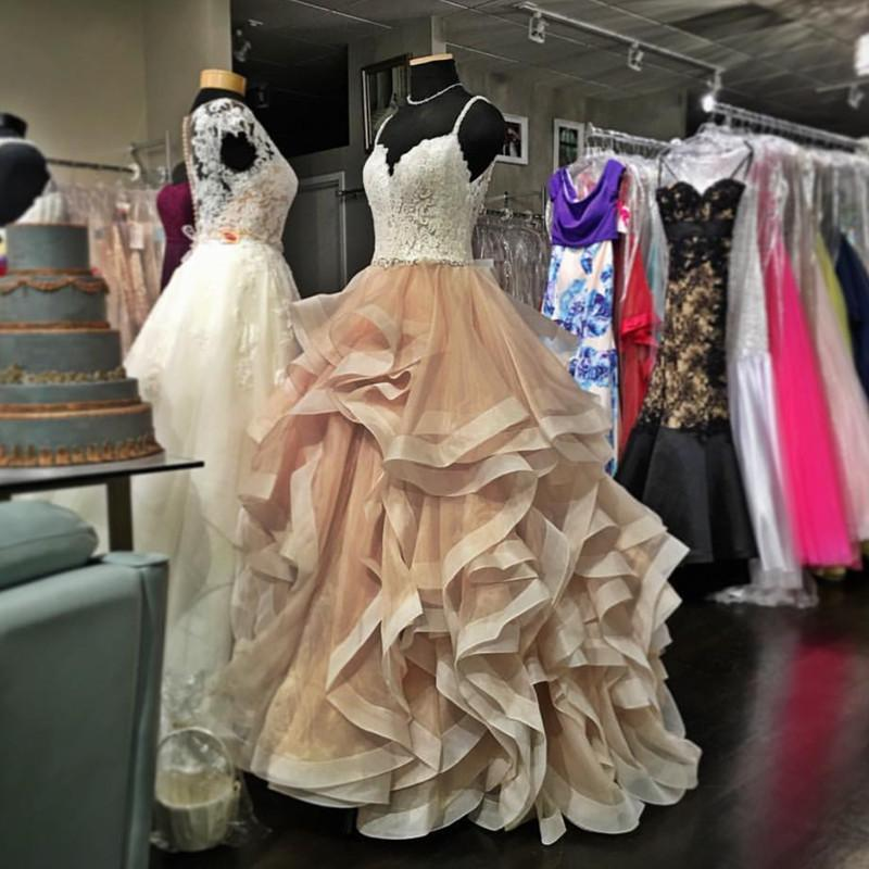 V Neck Organza Ruffles Champagne Wedding Dresses Ball Gown Ivory ...