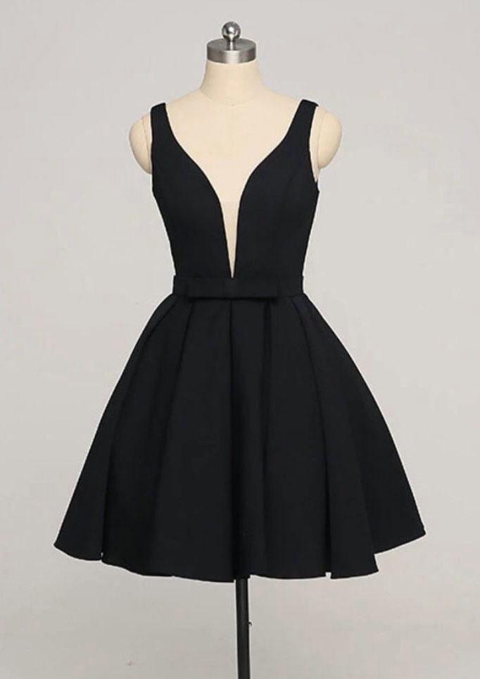 Black Short Simple Homecoming Dresses Knee Length Formal Dress